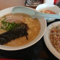 筑紫野市「うちだラーメン」巨大なレンゲが特徴の久留米系豚骨ラーメン♪